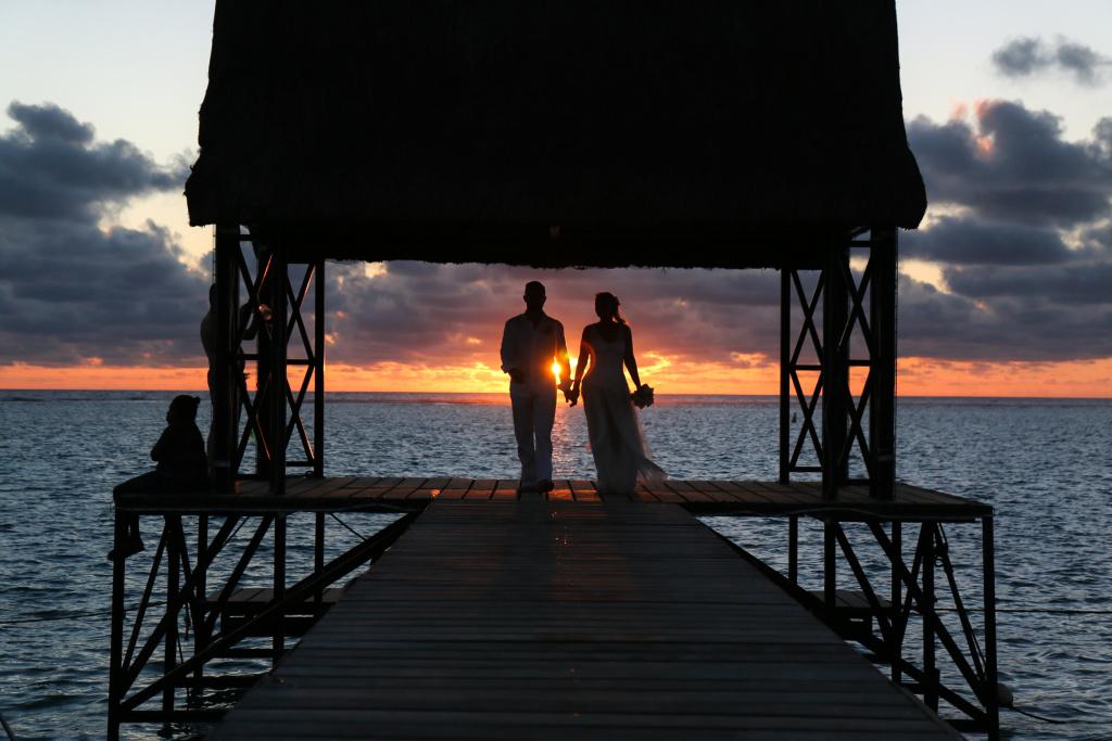 Mariage Ile Maurice coucher de soleil